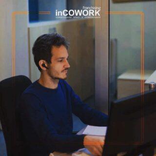 Che questo #venerdi abbia inizio 😎 Aumenta la produttività, scegli anche tu una sede #inCOWORK 😉 . . . #stayinCOWORK #coworking #milano #remotework #spaces #freelance #coworker #workfromanywhere #cowok #work #coworkingmilano #job #idea #creative #believeinyourself #startup #investinyourself #collaborate #digital #free #freelancelife #working #instajob #coworkingspace #biz #milan #igersmilan #friday